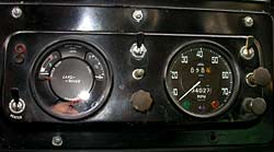 Land Rover Late Series IIA Dash